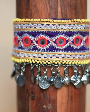 choker purple yellow beads